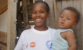 Les Jeunes Filles Réfugiées à Betou